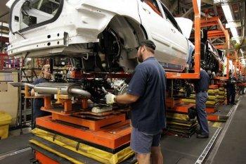 Trump dọa phá liên minh sản xuất ô tô Bắc Mỹ