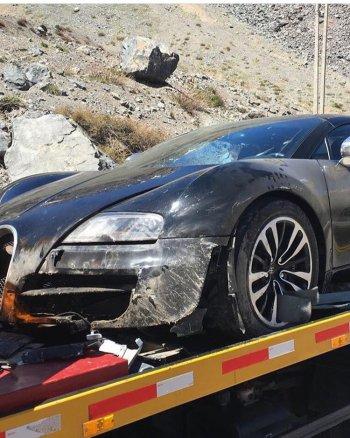 Bugatti Veyron gặp nạn trên dãy Andes