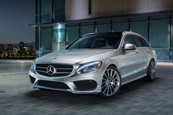 Mercedes-Benz triệu hồi nửa triệu xe nguy cơ tự bung túi khí