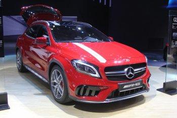 """VIMS 2017: Mercedes khoe SUV """"siêu xe đường phố"""" giá 2,399 tỷ đồng"""