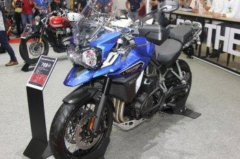 VIMS 2017: Chi tiết Explorer XCx - môtô adventure đắt nhất của Triumph giá 769 triệu đồng