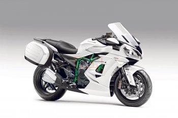 Kawasaki hé lộ mẫu xe siêu nạp đường trường mới