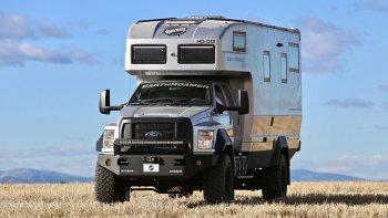 Biến bán tải Ford thành nhà di động 34 tỷ đồng