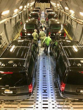 """""""Hạm đội"""" xe khủng hộ tống Tổng thống Mỹ trong chuyến thăm châu Á"""