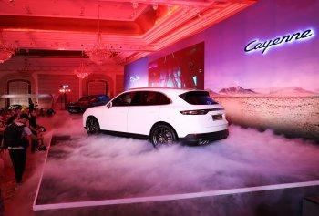Porsche Cayenne 2018 ra mắt đầu tiên tại Việt Nam