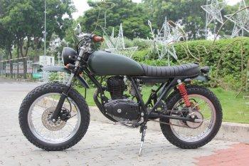 Suzuki GN125 lên đời Tracker nhà binh