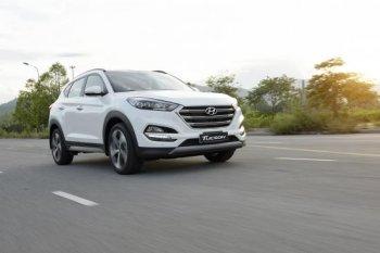 """Honda CR-V vừa ra mắt, Hyundai Tucson giảm giá """"kịch sàn"""""""