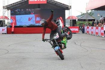 Motul tổ chức thi biểu diễn lái môtô PKL tại Cần Thơ