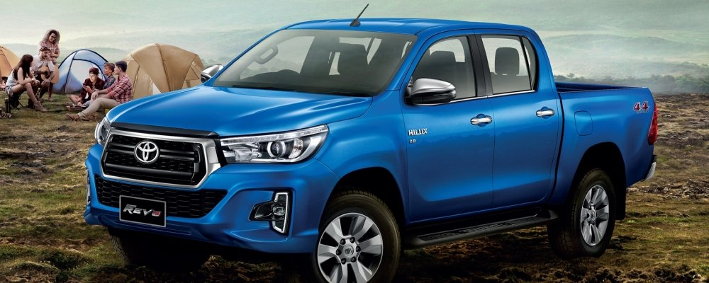 """Hàng """"ế"""" Toyota Hilux vừa ra mắt phiên bản 2018"""