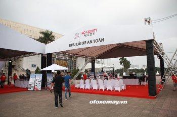 Toyota Việt Nam tổ chức hoạt động lái thử xe trên toàn quốc