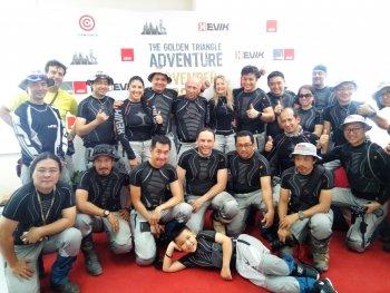 GIVI Việt Nam cùng biker quốc tế trao học bổng cho học sinh Long An