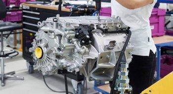 BMW phát triển xe điện phạm vi 700km
