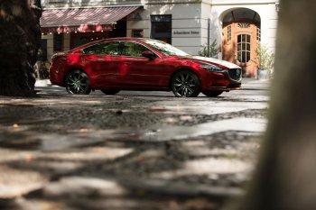 Mazda6 2018 ra mắt với diện mạo mới và động cơ tăng áp