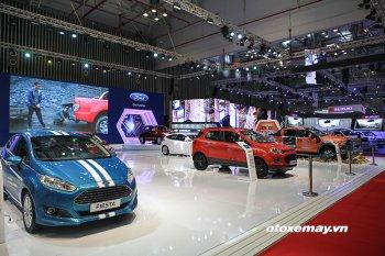 """Thị trường ôtô tháng 11 sôi động trong """"cuộc chiến"""" giảm giá"""