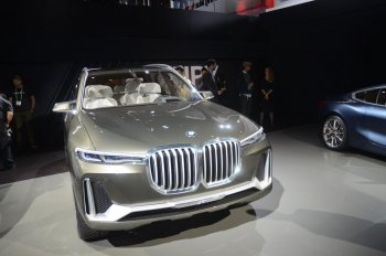 Ảnh thực tế Concept BMW X7 iPerformance tại LA Auto Show 2017