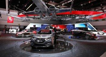"""Nissan mang dàn xe """"hiệp sĩ"""" tới LA Auto Show 2017"""