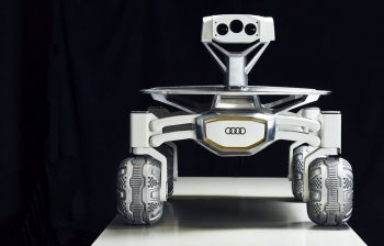 Xe Audi lên mặt trăng