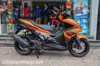 Cận cảnh Yamaha NVX 155 và Exciter RC phiên bản màu cam đen cực ngầu