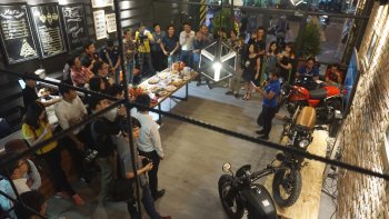 Quán café và showroom Brixton đầu tiên tại Sài Gòn