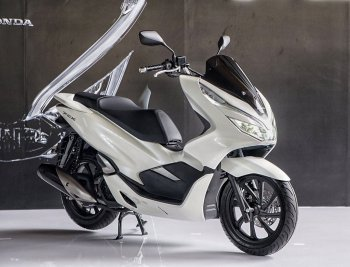 Honda ra mắt PCX 2018 được nâng cấp ABS, đèn LED