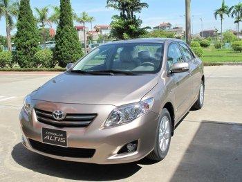 Toyota Việt Nam triệu hồi hơn 8 nghìn xe Corolla do lỗi túi khí