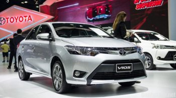 """Thị trường ôtô Việt 2017: Xe Toyota vẫn """"đè bẹp"""" mọi đối thủ"""