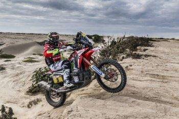 Dakar 2018: Barreda bất ngờ ôm trọn chặng 5