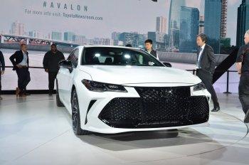 Toyota Avalon 2019; sang trọng và thông minh hơn