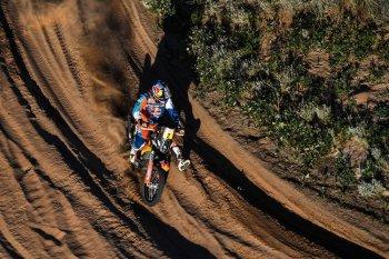 Dakar 2018 dần đi vào hồi kết, Walkner đặt một tay lên cúp vô địch
