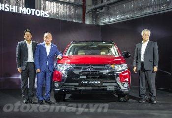 Mitsubishi Outlander lắp ráp 7 chỗ giá rẻ ra mắt giải khát thị trường