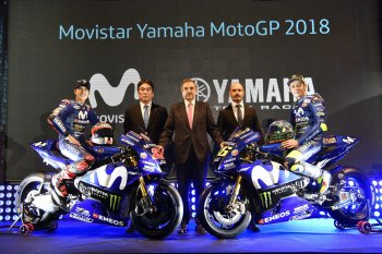 Movistar Yamaha M1 2018 sẵn sàng xuất chiến, Viñales ở lại đến 2020