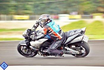 Suzuki B-King: Khám phá môtô con nhà giàu, nội công thâm hậu