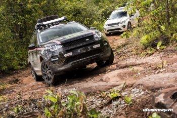 Xuyên qua rừng Lào cùng Land Rover Experience Tour