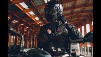 Độc đáo với áo khoác thời trang môtô 2 trong 1
