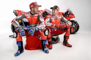 Nhà vô địch MotoGP 3 lần Lorenzo sẽ bị trừ lương
