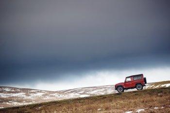 150 chiếc Land Rover Defender Works V8 đặc biệt đã tìm được chủ