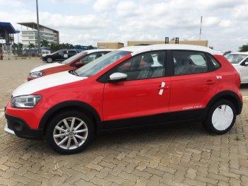 """Volkswagen Cross Polo cho """"phái đẹp"""" có giá 727 triệu đồng tại Việt Nam"""