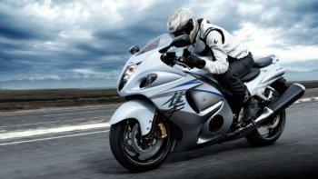 Suzuki phát triển hệ thống sang số bán tự động