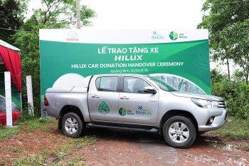 Toyota tặng xe bán tải giúp bảo tồn thiên nhiên Việt Nam
