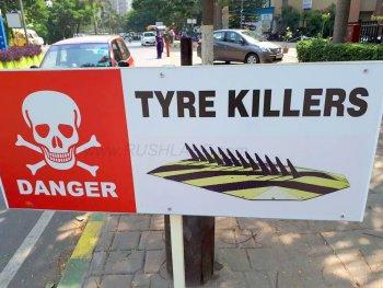 Ấn Độ mạnh tay với xe đi ngược chiều, kể cả xe cứu hỏa