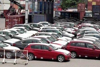 """Hơn 600 xe BMW và MINI """"om"""" ở Việt Nam tái xuất về Đức"""