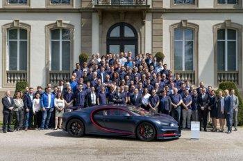 Siêu xe Bugatti Chiron thứ 100 có giá 3,36 triệu USD
