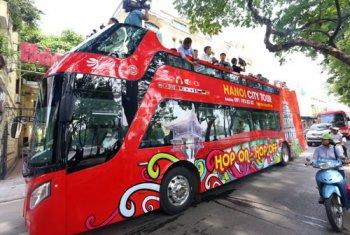 """Xe buýt """"mui trần"""" hoạt động ở Hà Nội, giá vé từ 300.000 đồng"""