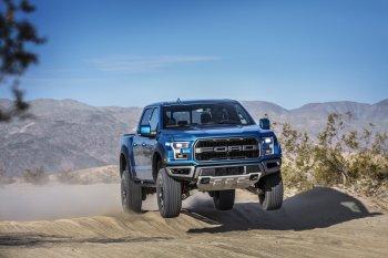 Xe bán tải Ford F-Series có doanh số bán tốt nhất kể từ năm 2000