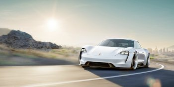 Xe điện thể thao đầu tiên của Porsche mang tên Taycan
