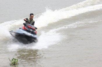 """Chơi môtô """"đi mây về gió"""" tại Sài Gòn"""