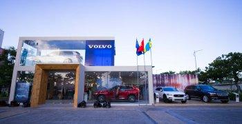"""Volvo đem """"showroom di động"""" đi khắp Việt Nam"""