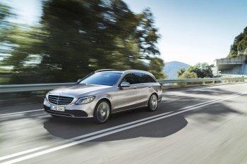 Mercedes-Benz thêm C-Class 2018 bản máy dầu giá rẻ