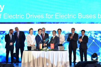 VinFast bắt tay Siemens, chuẩn bị ra mắt xe buýt điện