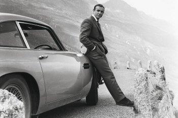 "Aston Martin ""hồi sinh"" DB5 James Bond huyền thoại"
